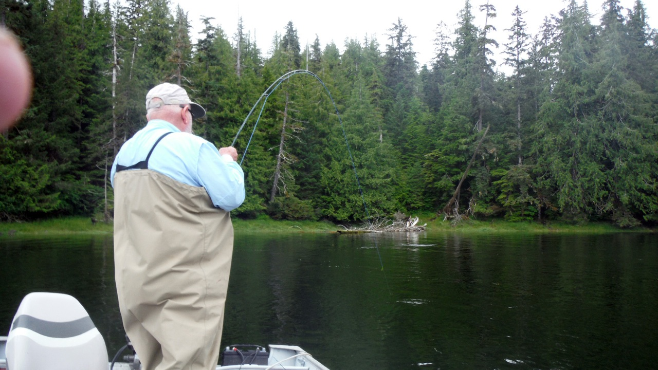 Fly fishing trips poulsbo washington peninsula outfitters for Fly fishing outfitters